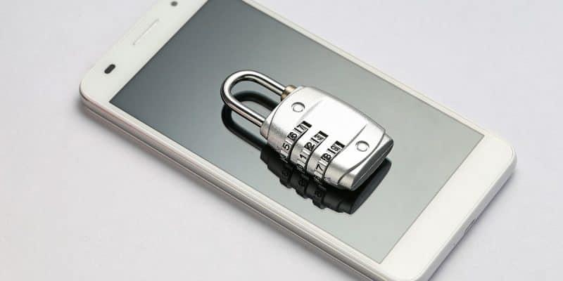 W jaki sposób zadbać o bezpieczeństwo smartfona?