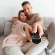 Kwiecień przed telewizorem. Sprawdź, jakie nowości pojawią się w serwisach streamingowych