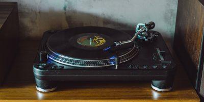 Na co zwrócić uwagę przy zakupie gramofonu?