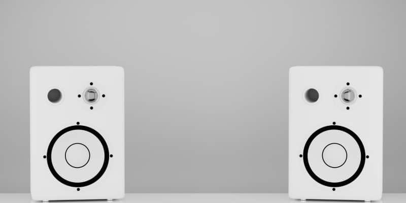 Wieża stereo - przydatne urządzenie czy przeżytek?