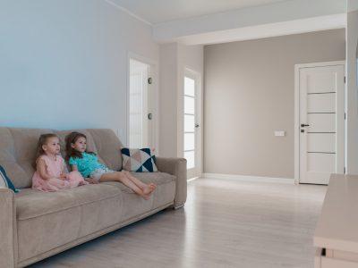 Jaki telewizor wybrać do pokoju dziecka?