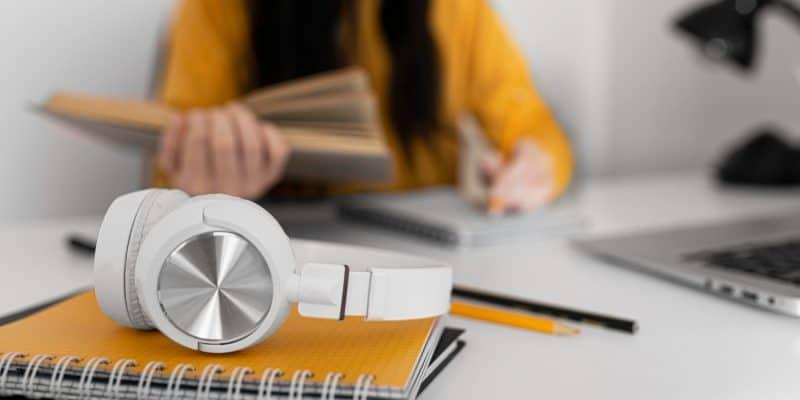 Słuchawki bezprzewodowe - czy warto je mieć?